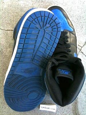 ナイキ エアジョーダン 1 レトロ 黒青(nike air jordan 1 retro black blue)
