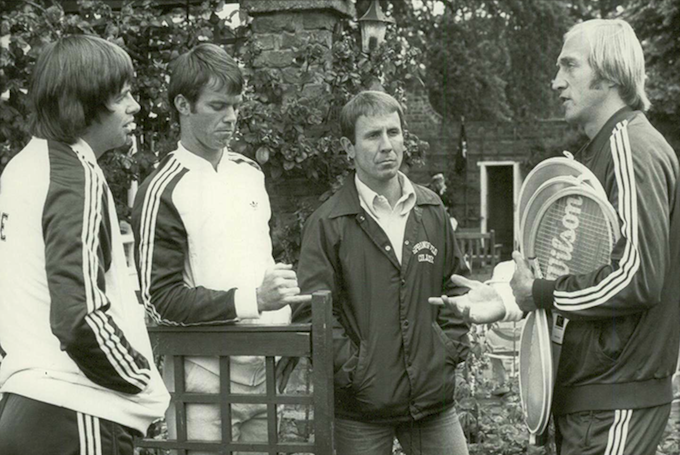 American tennis stars talk tactics at the Hurlingham Club (1977)