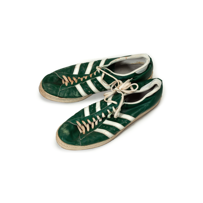 adidas Superstar : John Havlicek's signed, game worn