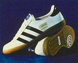 adidas universal 1972