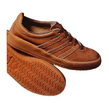 adidas Mocoa