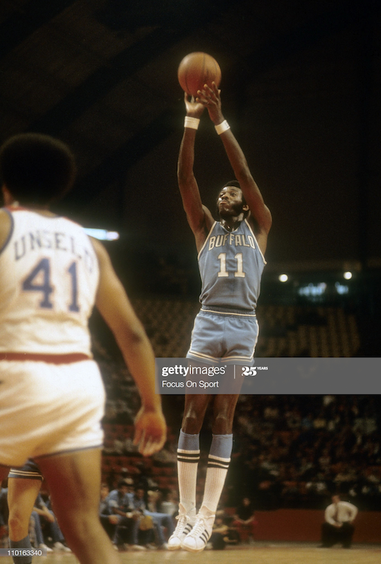 Bob McAdoo Buffalo Braves (1975)